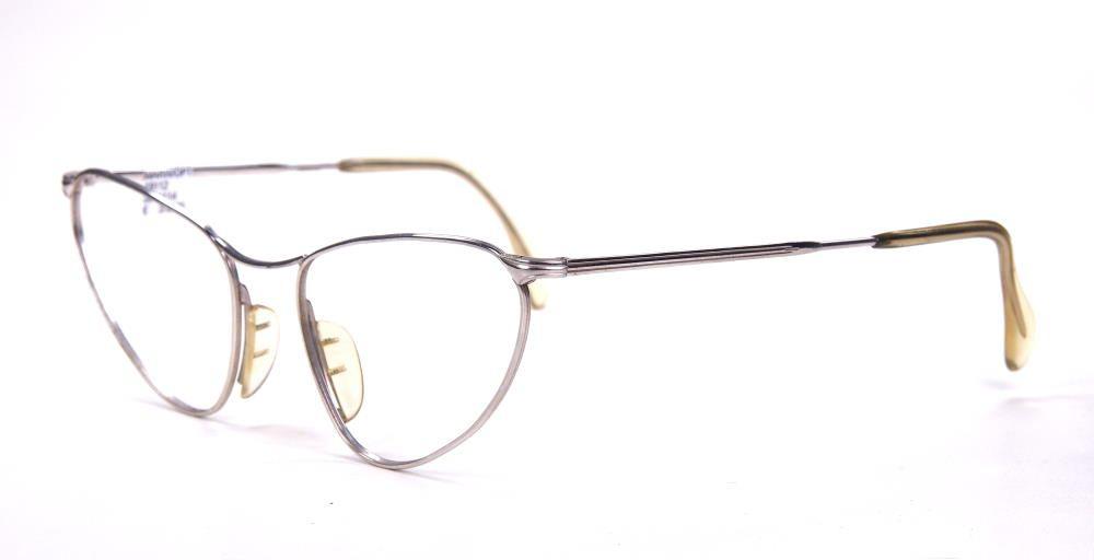 Vintagebrille als Schmetterlingsbrille, aus Weissgold-Double aus den späten Sechzigern