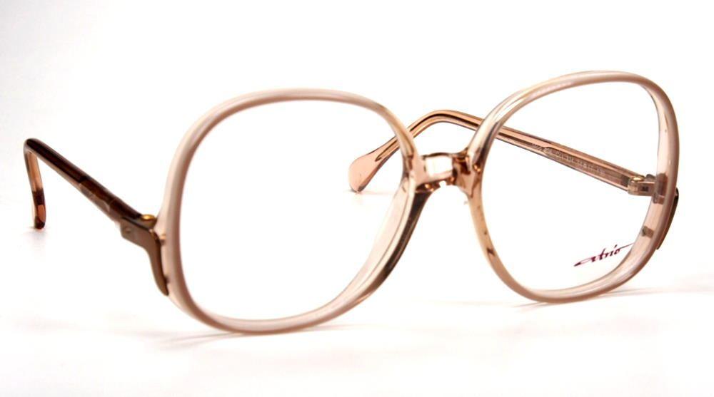 Vintagebrille aus den 80er Jahren und noch fabrikneu