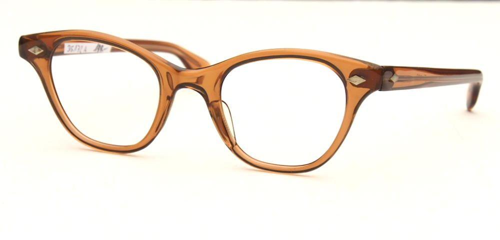 60er Jahre Vintagebrille sehr interessante transparentbraune Farbe fabrikneu 35172