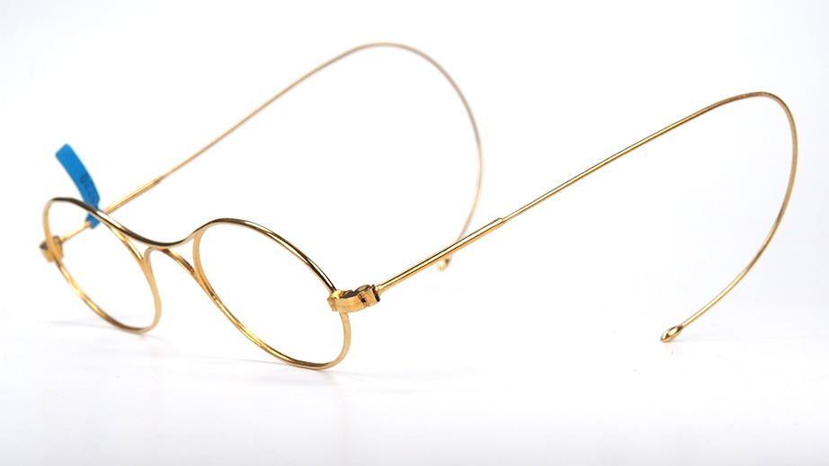 ovale Brille mit Brezelsteg vergoldet,  um 1900