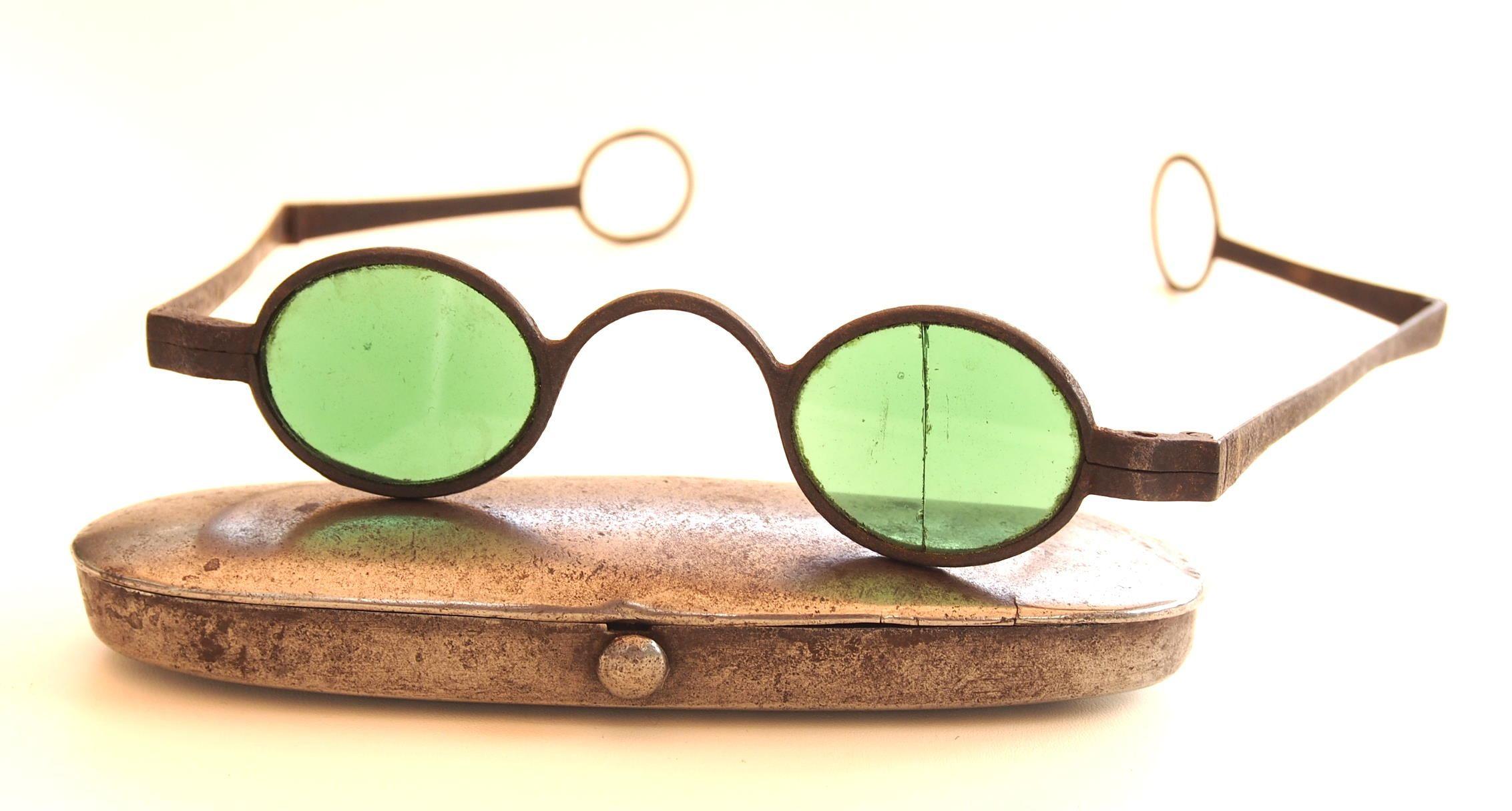 Museumsbrille aus dem Brillen-Museum Hamburg 116 31