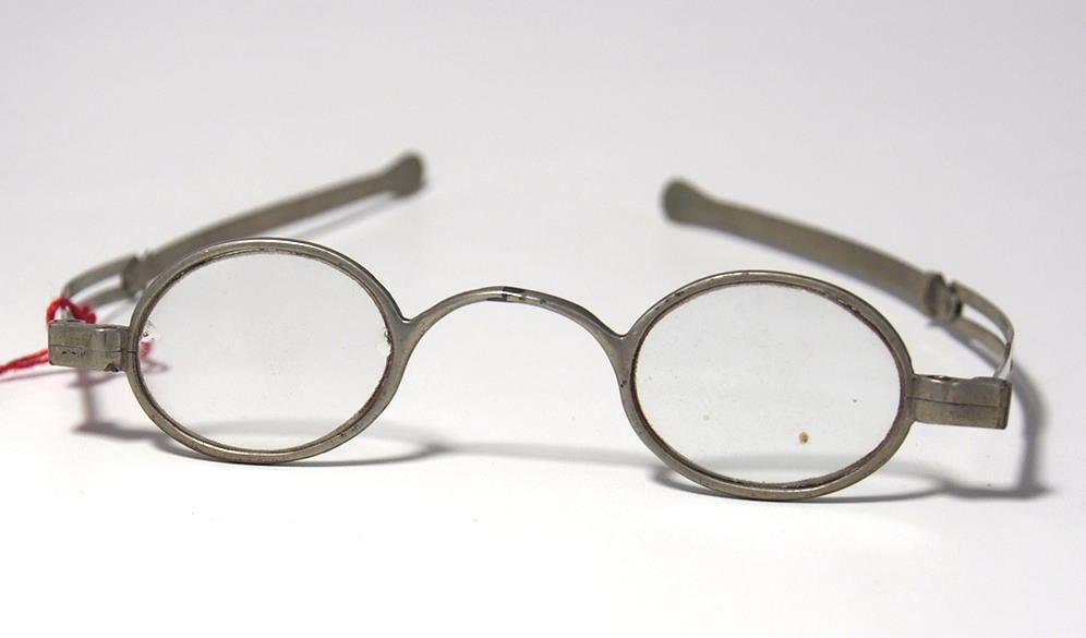 Historische Brille aus dem Brillen-Museum 966
