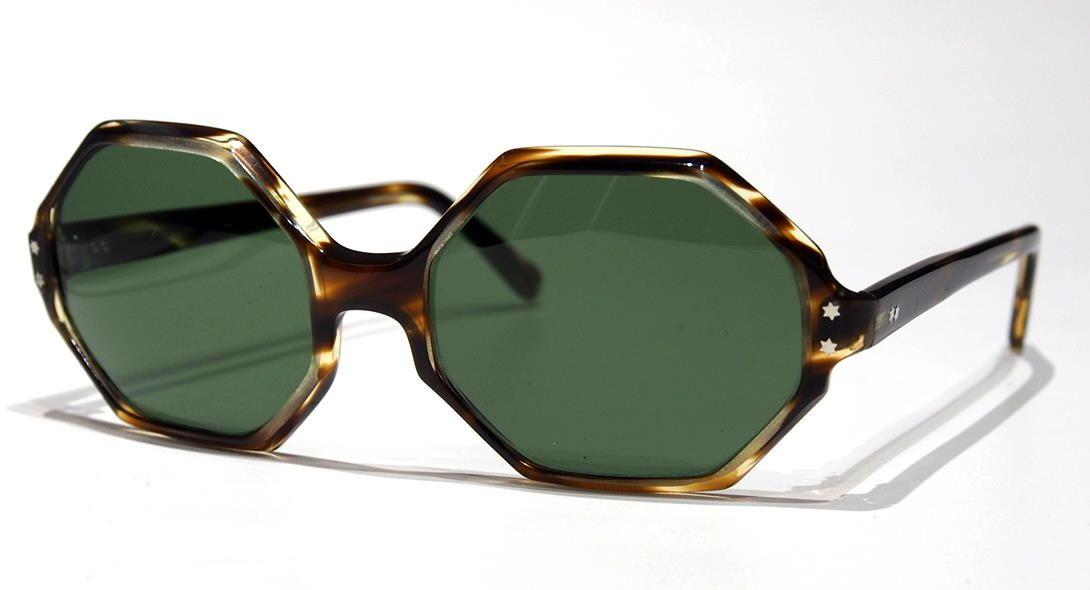 Sonnenbrille der 70er Jahre P1240063