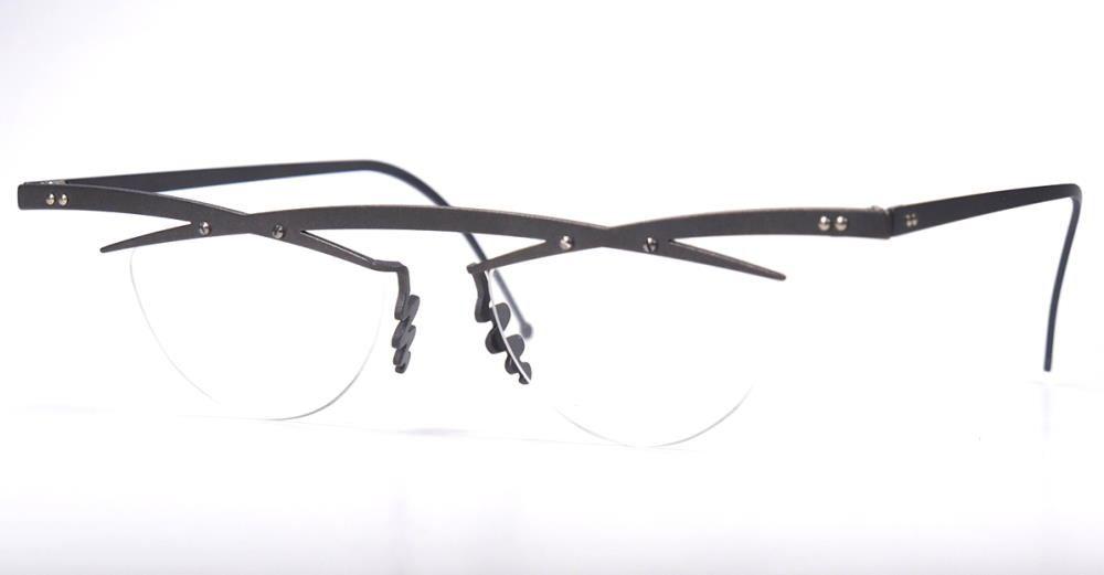 Theo tita III 8 (grau) eyewear  Brille 100% Titan