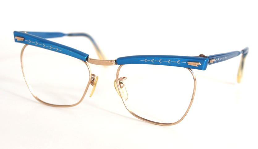 Schmetterlingsbrille, Cateye Brille der 50er Jahre mit hellblauem Aluminium