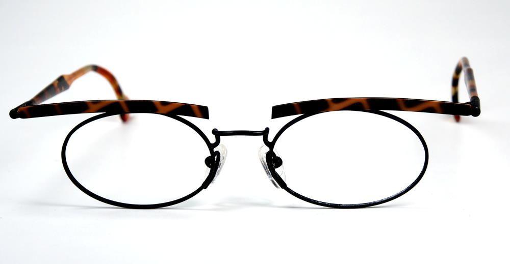 TLH L2 eyewear Mod. 31 Col 24 Vintagebrille Damenbrille aus den Neunzigern. Hand made Germany
