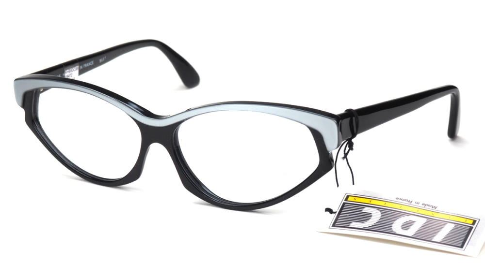 Vintagebrille der 80er Jahre, große schwarze Cateyebrille