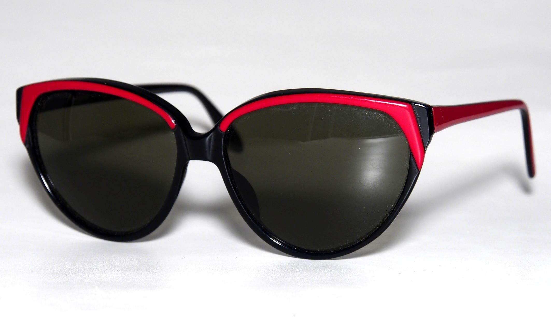 Playgirl Vintage Sonnenbrille der 80er Jahre