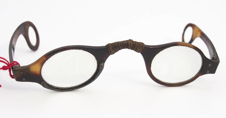 Brille aus dem Brillen-Museum 555 Hamburg