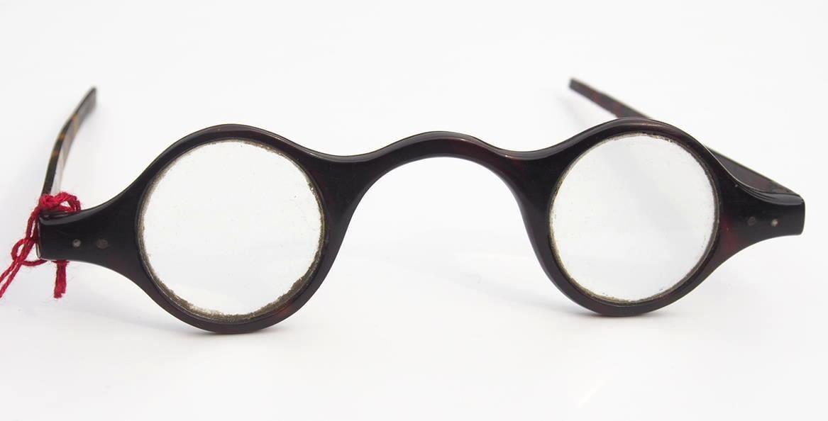 Brille aus dem Brillen-Museum 556 Hamburg