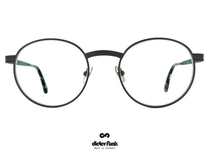 Funk  Eyewear, Chons Titanium