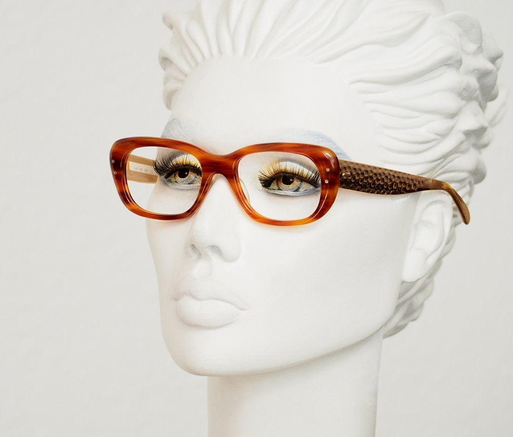True Vintagebrille der 70er Jahre Acatat mit Metallbügel